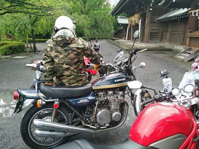三島大社バイク.jpg